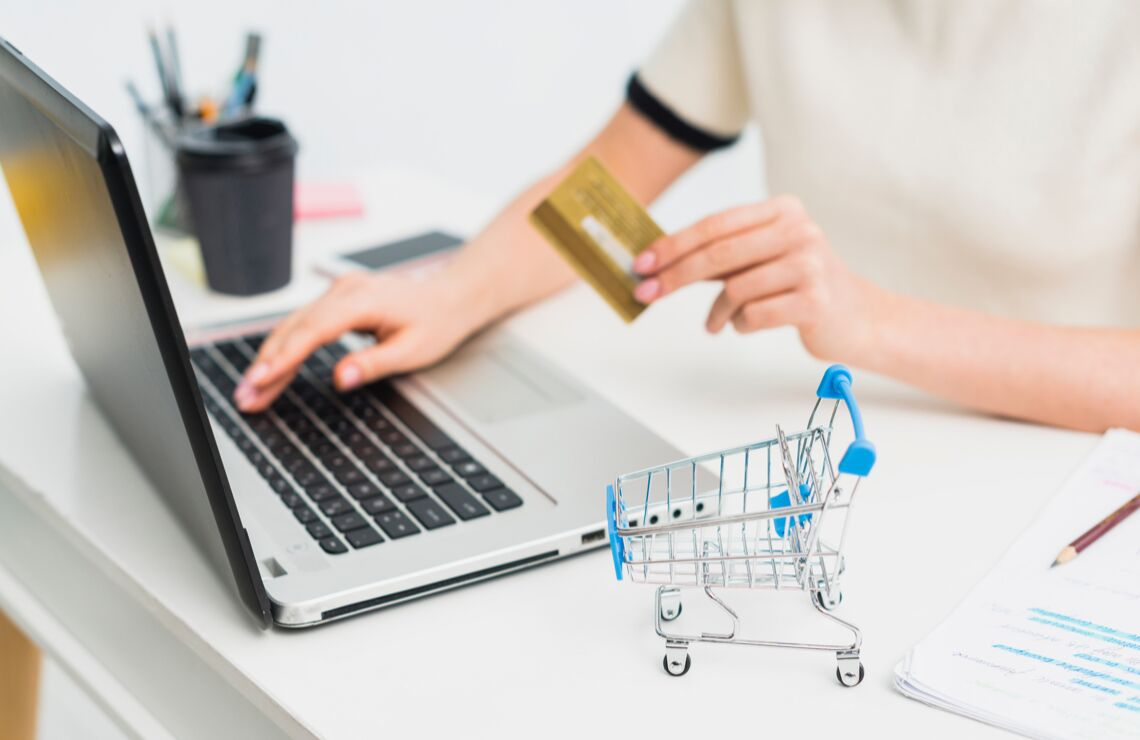 development of ecommerce