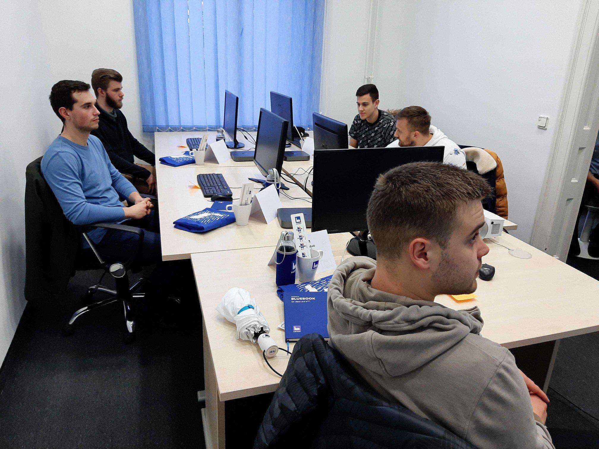 iOS academy in Factory 2020